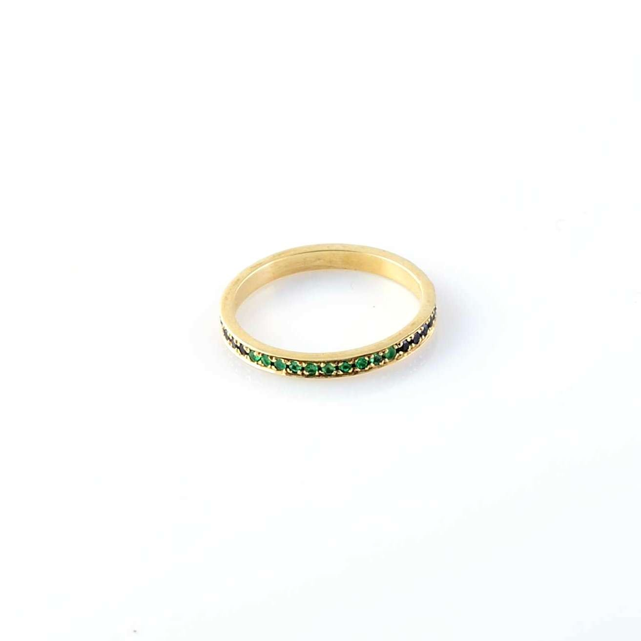 Gold Ring Sapphire and Emerald