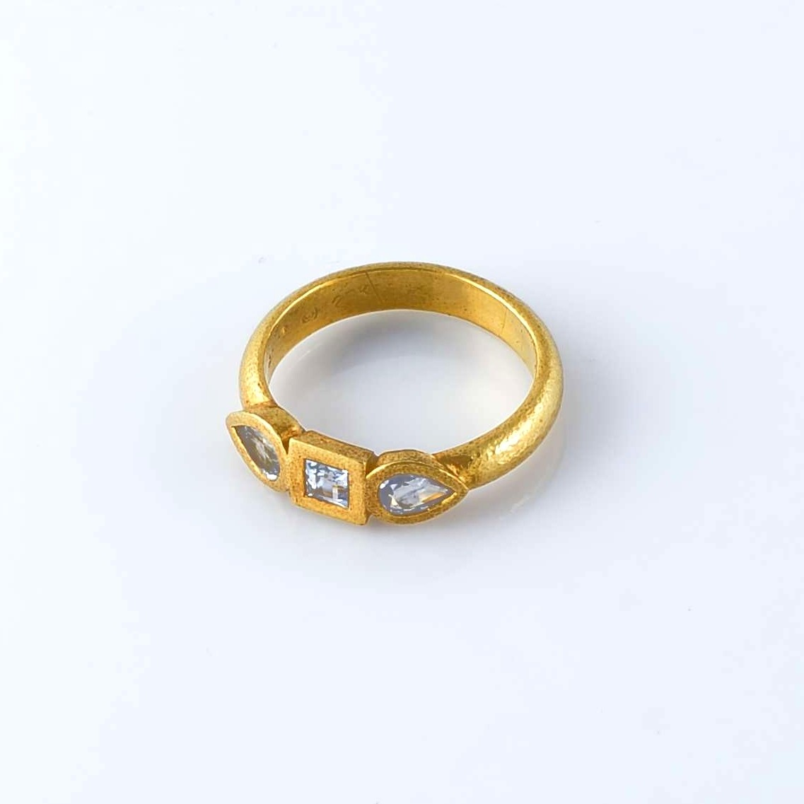 Sapphires Gold Ring