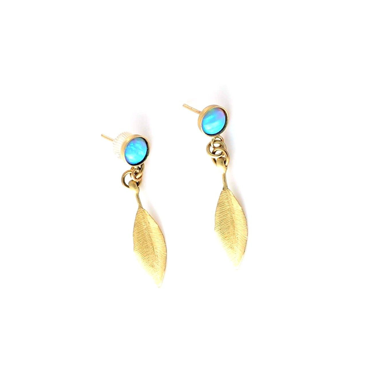 Leaf gold earrings and Opel