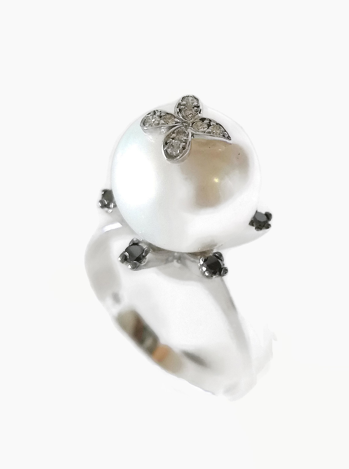 Solitaire pearl ring gold